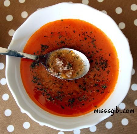 kiymalı tarhana çorbası