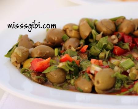 zeytin-salatasi