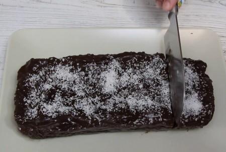 pudingli bisküvili pasta yapılışı