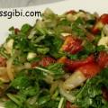 fıstıklı roka salatası